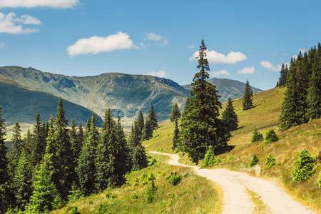 Foto de Beautiful summer Landscapes of Rodna Mountains in eastern carpathians, romania - Imagen libre de derechos
