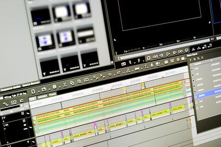 Foto de display of program edit video on a monitor - Imagen libre de derechos
