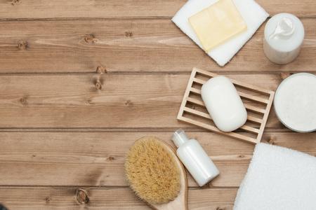 Foto de Spa Kit Top View. Shampoo, Soap Bar And Liquid. Shower Gel. Aromatherapy Salt. Copy Space. - Imagen libre de derechos