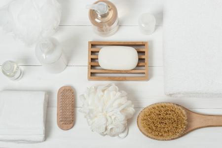 Foto de Spa Kit. Shampoo, Soap Bar And Liquid. Shower Gel, Aromatherapy Salt. Top View - Imagen libre de derechos
