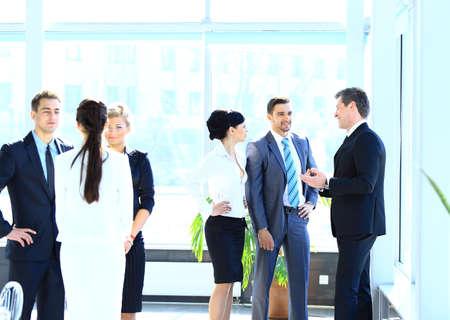 Foto de Businesspeople Having Meeting In Modern Office - Imagen libre de derechos