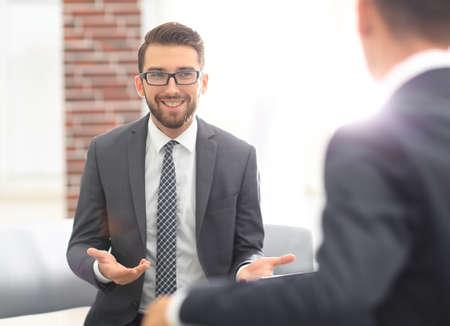 Foto de portrait of two business people discussing new project - Imagen libre de derechos