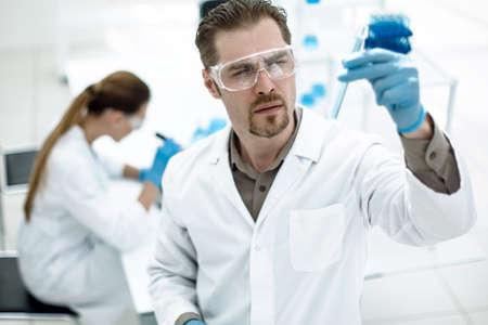 Foto de group of scientists from a modern laboratory - Imagen libre de derechos