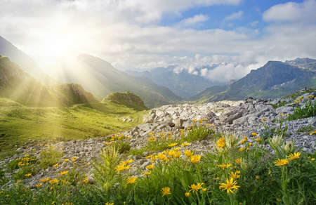 Photo pour Mountains landscape in Vorarlberg, Austria - image libre de droit
