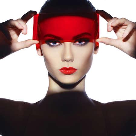 Photo pour Fashion art studio photo of beautiful elegant futuristic lady - image libre de droit