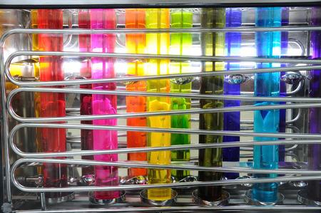 Photo pour Silk color dyeing machine, Thailand local cottage industries. - image libre de droit