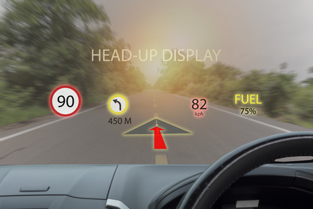 Foto de iot, internet of things smart car concepts, Head up display (HUD). Car use augmented reality to show the speed, navigation ,Fuel ,limit of speed ,direction - Imagen libre de derechos