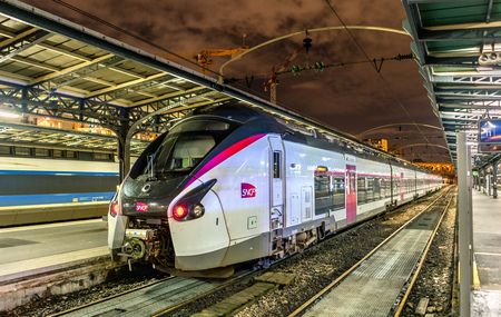 Foto per Coradia Liner Intercity train at Paris-Est station. France - Immagine Royalty Free