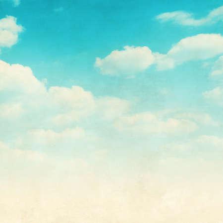 Photo pour Grunge image of blue sky with clouds. - image libre de droit