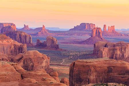 Foto de Sunrise in Hunts Mesa - Imagen libre de derechos