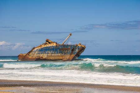 Foto de wreck of fomer ship American Star off the coast of Fuerteventura - Imagen libre de derechos