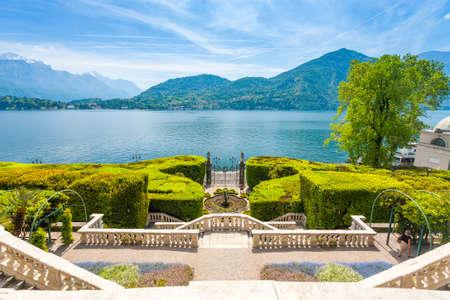 Photo pour  Facade of Villa Carlotta  at Tremezzo on lake Como Italy. - image libre de droit
