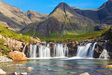 Photo pour The beautiful Fairy Pools on the Isle of Skye, Scotland - image libre de droit
