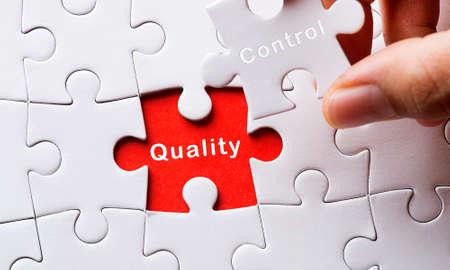 Foto de Puzzle with Quality Control - Imagen libre de derechos