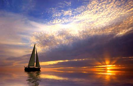 Photo pour Sailing with a beautiful sunset - image libre de droit