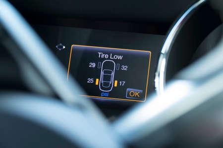 Foto für Vehicle tire indicator, indicates tires has low pressure. - Lizenzfreies Bild