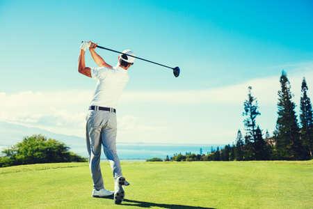 Photo pour Golfer Playing on Beautiful Golf Course - image libre de droit