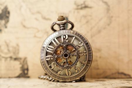 Photo pour Vintage watch on antique map. Retro still life - image libre de droit
