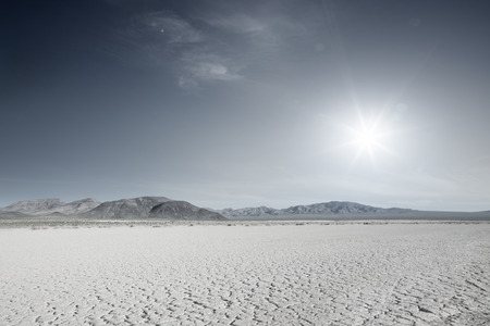 Photo pour panoramic view of nice hot Nevada  desert daytime - image libre de droit