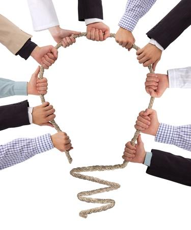 Photo pour Hands holding rope forming bulb, idea concept - image libre de droit