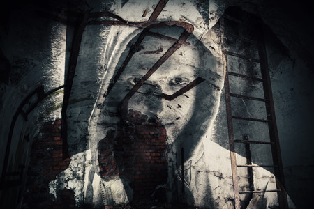 Photo pour Abstract monochrome horror background, abandoned dark room with ghost of dangerous man in hood. Double exposure photo effect - image libre de droit