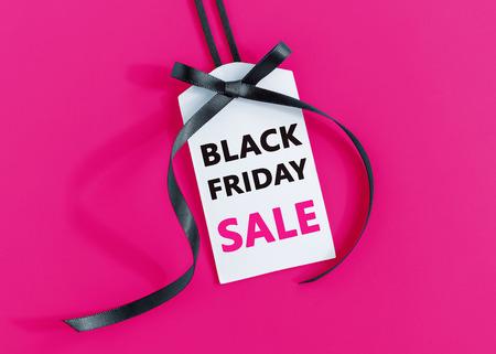 Photo pour Black friday sale tag with black ribbon - image libre de droit