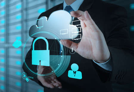Photo pour businessman hand show 3d cloud icon with padlock as Internet security online business concept  - image libre de droit