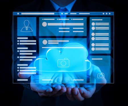 Foto de Web page browser of Social media Page VR Interface on the laptop computer.a Cloud Computing diagram on the new computer interface as concept - Imagen libre de derechos