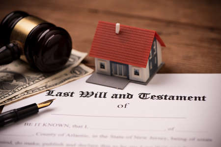 Foto per Last will and testament form with gavel. Decision, financial close up - Immagine Royalty Free