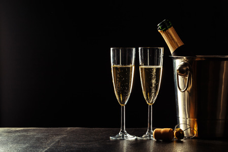 Foto de Champagne on the black background - Imagen libre de derechos