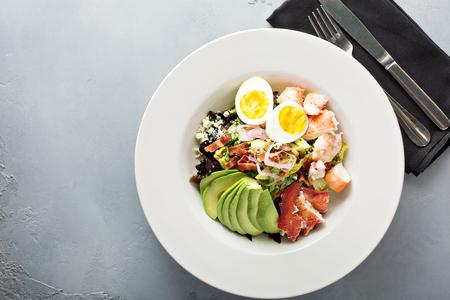 Photo pour Lobster cobb salad - image libre de droit