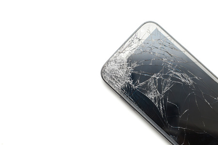 Foto de crack screen smart phone isolated on white background - Imagen libre de derechos