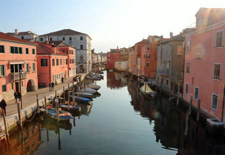 Foto de Chioggia, VE, Italy - February 11, 2018: wide waterway with boats - Imagen libre de derechos
