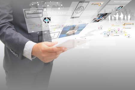 Photo pour businessman working on virtual screen.business concept,technology,management - image libre de droit