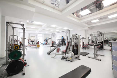 Photo pour interior of new modern gym with equipment - image libre de droit