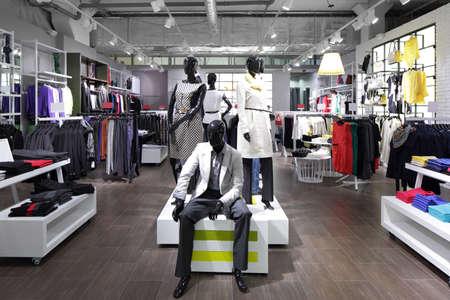 Foto de luxury and fashionable brand new interior of cloth store - Imagen libre de derechos