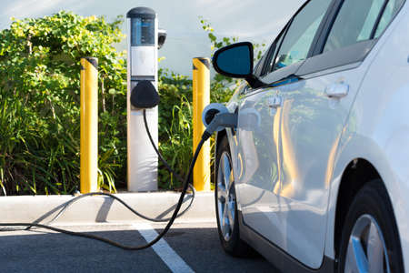 Photo pour An electric car charging in California - image libre de droit