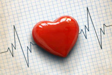 Foto de Cardiogram pulse trace and heart concept for cardiovascular medical exam - Imagen libre de derechos