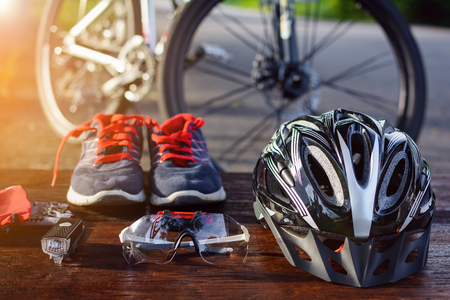 Photo pour set bicycle equipment on a top wood with healthy sports - image libre de droit