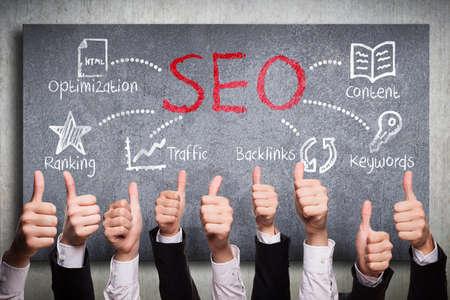 Foto de many thumbs up to search engine optimization plan - Imagen libre de derechos