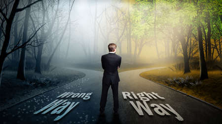 Photo pour businessman has to choose between wrong and right way - image libre de droit