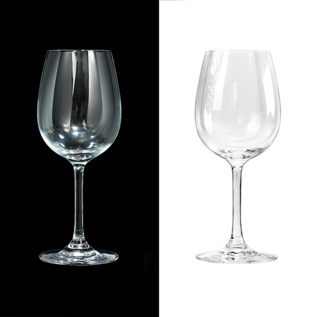 Foto de Empty wine glass isolated on black and white - Imagen libre de derechos