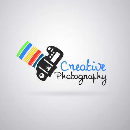 Illustration pour Logo colorful camera photography: Camera reflex color, pointing up. Vector image - image libre de droit