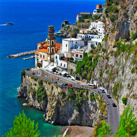 Foto de Atrani - scenic village in Amalfi coast .Italy - Imagen libre de derechos