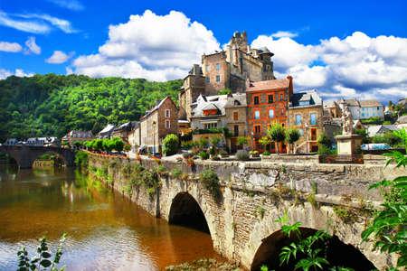 Photo pour Estaing - one of the most beautifu vilages of France - image libre de droit