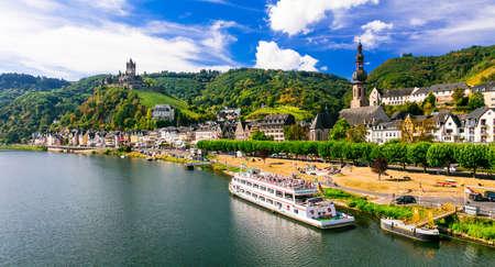 Foto de Cochem - medieval town in Rhein river, Germany - Imagen libre de derechos