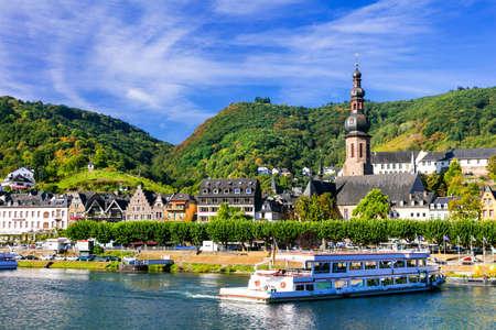 Foto de romantic Rhine river cruises - Cochem town in Germany - Imagen libre de derechos