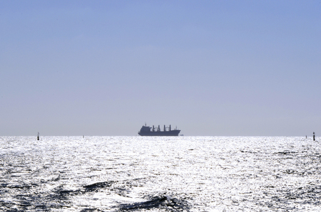 Foto per Australia, freighter on Indian Ocean - Immagine Royalty Free