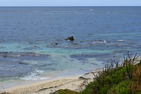 Foto de Australia, ship wreck on Porpoise bay in Indian ocean, Rottnest Island - Imagen libre de derechos