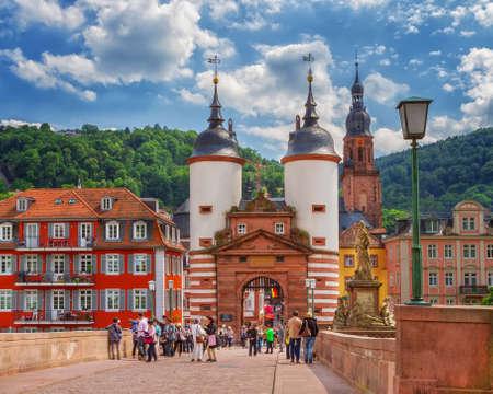 Foto de Famous Old Bridge Gate. Heidelberg, Germany - Imagen libre de derechos
